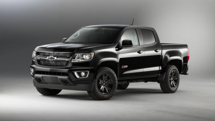 chevy brings back midnight edition colorado and silverado for 2016 autoblog. Black Bedroom Furniture Sets. Home Design Ideas