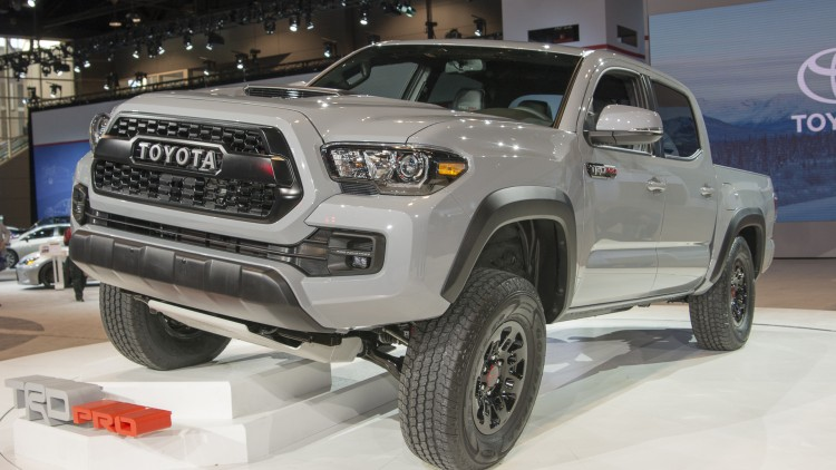 where the 2017 toyota tacoma trd pro is going it doesn 39 t need roads autoblog. Black Bedroom Furniture Sets. Home Design Ideas