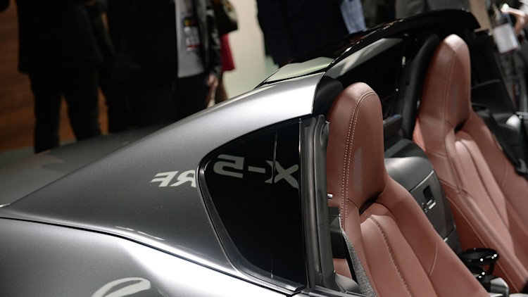 This Is The 2017 Mazda Mx 5 Rf Targa Roof Fastback Autoblog
