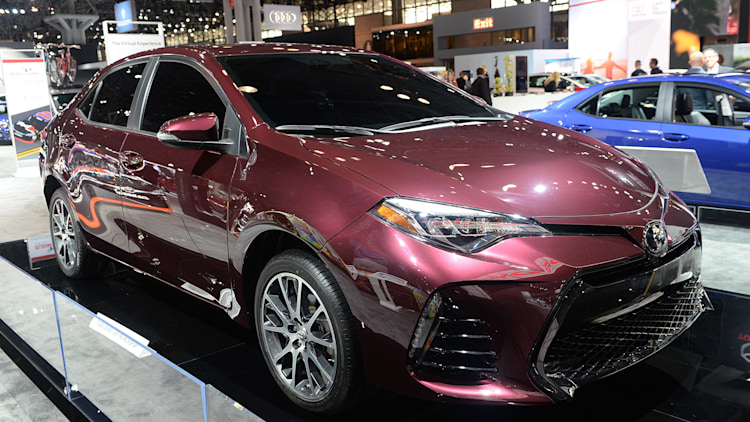 2017 toyota corolla marks 50th birthday with special edition autoblog. Black Bedroom Furniture Sets. Home Design Ideas