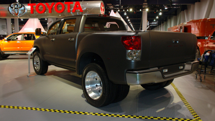 Toyota developing clean-diesel V8 for Tundra/Sequoia ...