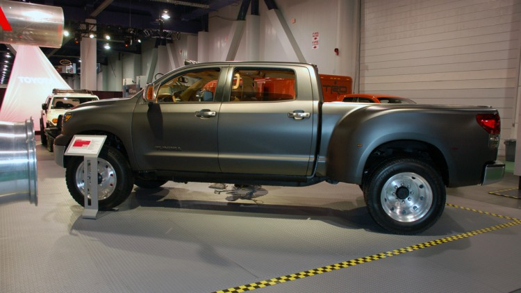 toyota tundra diesel dually project vehicle photo gallery autoblog. Black Bedroom Furniture Sets. Home Design Ideas