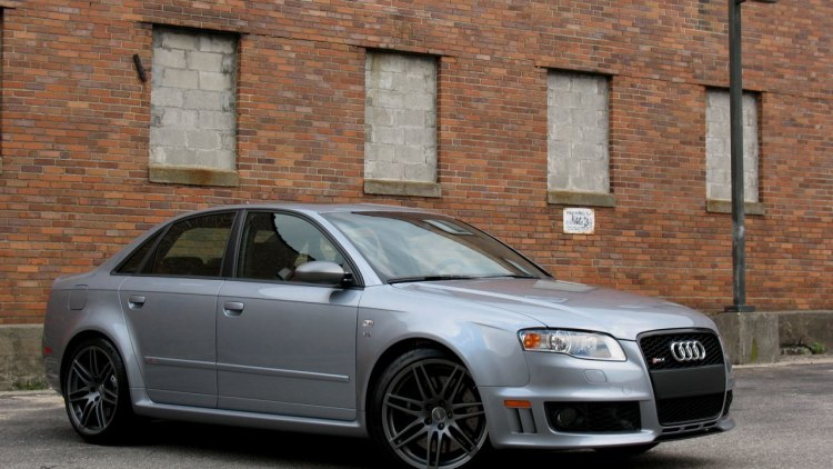 review 2008 audi rs4 autoblog. Black Bedroom Furniture Sets. Home Design Ideas