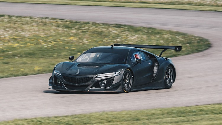 acura nsx gt3 racecar bares all in raw carbon autoblog. Black Bedroom Furniture Sets. Home Design Ideas