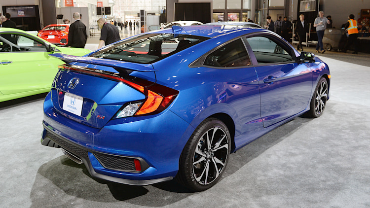 2017 honda civic si coupe new york 2017 photo gallery autoblog. Black Bedroom Furniture Sets. Home Design Ideas
