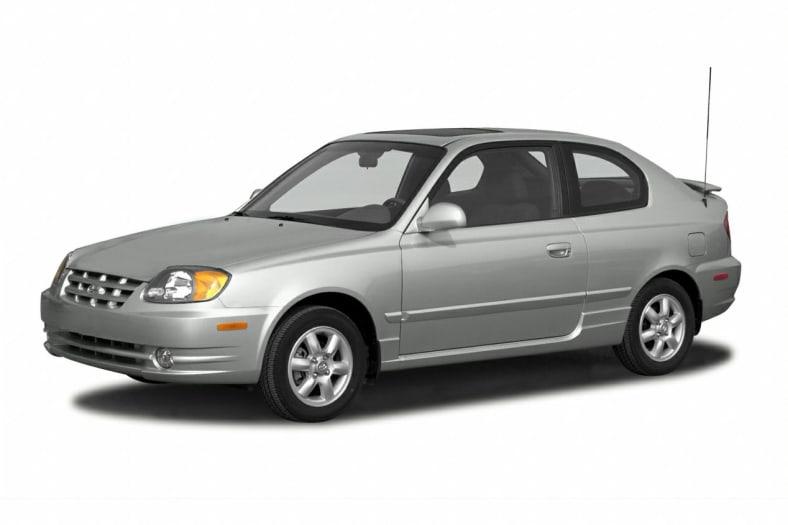 Cab Hyc B on 2000 Hyundai Elantra Black