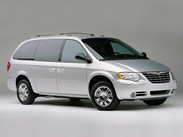2006 Chrysler Town & Country Pictures