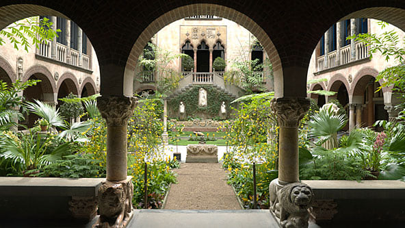 http://o.aolcdn.com/dims-shared/dims/TRAV/1/592/592/90/http://o.aolcdn.com/hss/storage/adam/3c1e9b58551959dcb43021b1dd292468/boston-gardner-museum-592hs71910.jpg