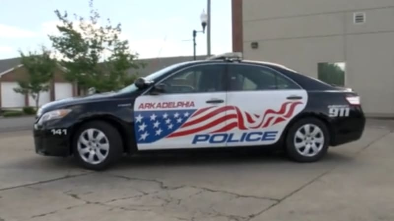Police department uses hybrids to sneak up on criminals, save cash