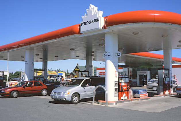 Petro Canada Retail station 25 Gas prices jump for Victoria Day long weekend, did you fill up? by Authcom, Nova Scotia\s Internet and Computing Solutions Provider in Kentville, Annapolis Valley