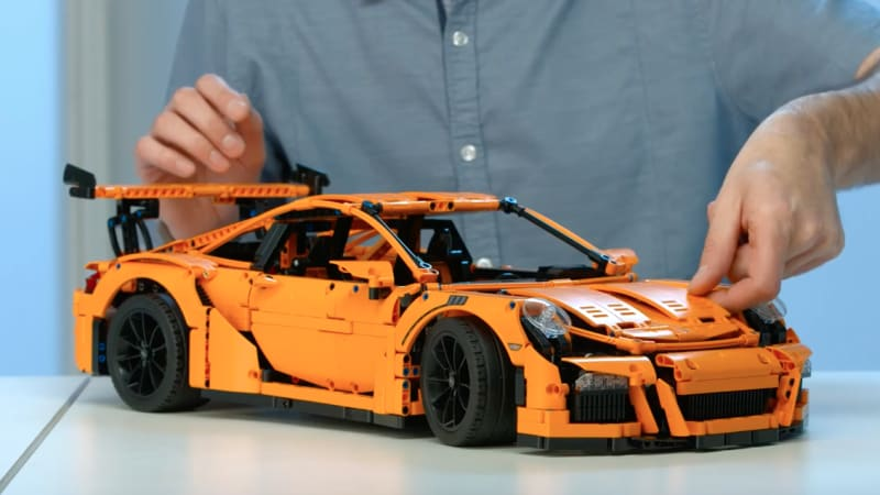 you will spend hours playing with this lego porsche 911 gt3 rs autoblog. Black Bedroom Furniture Sets. Home Design Ideas