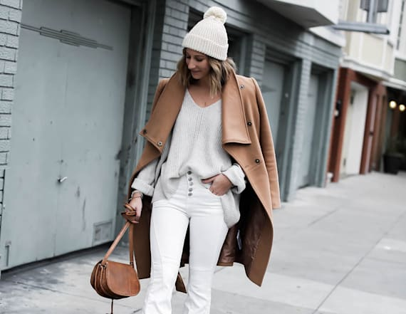 How to wear white flare jeans for winter