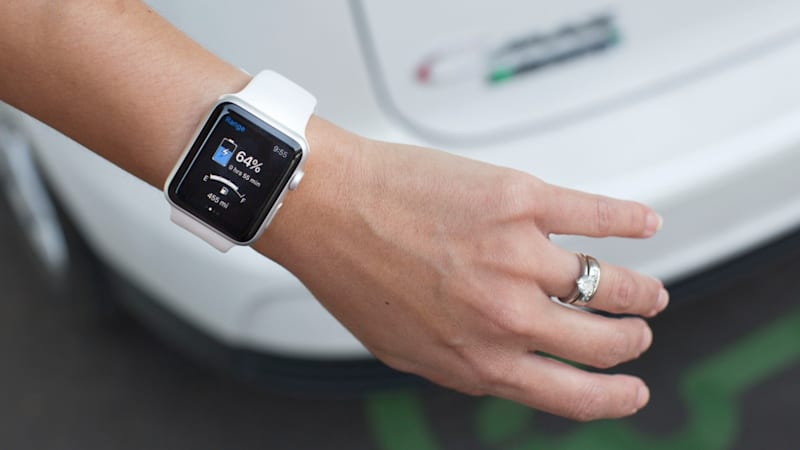 Ford's smartwatch apps let drivers unlock its EVs