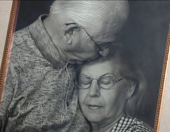 Couple married nearly 70 years dies minutes apart
