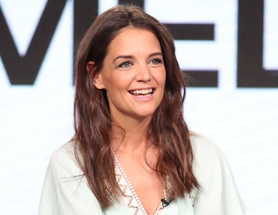 See Katie Holmes on the 'Ocean's Eight' set!