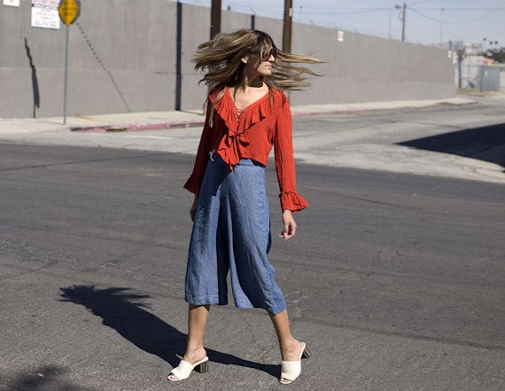 Street style tip of the day: Ruffled blouse