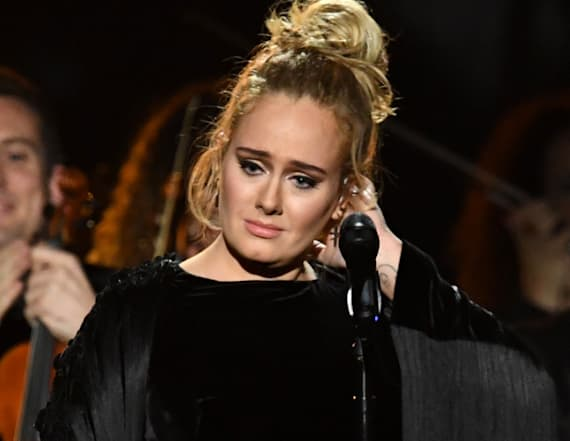 Adele stops performance at GRAMMYs