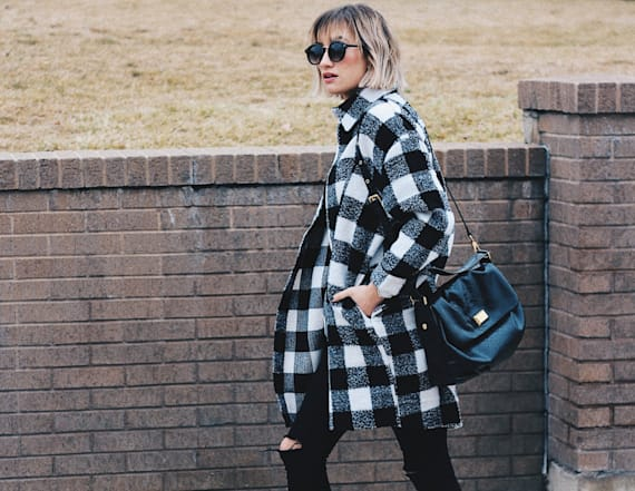 Street style tip of the day: Plaid coat