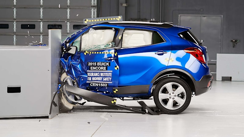 Chevy Trax Reviews >> Buick Encore, Chevy Trax earn Top Safety Pick from IIHS [w ...