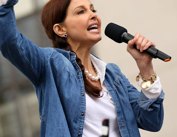 Ashley Judd recites 'I am a nasty woman' poem