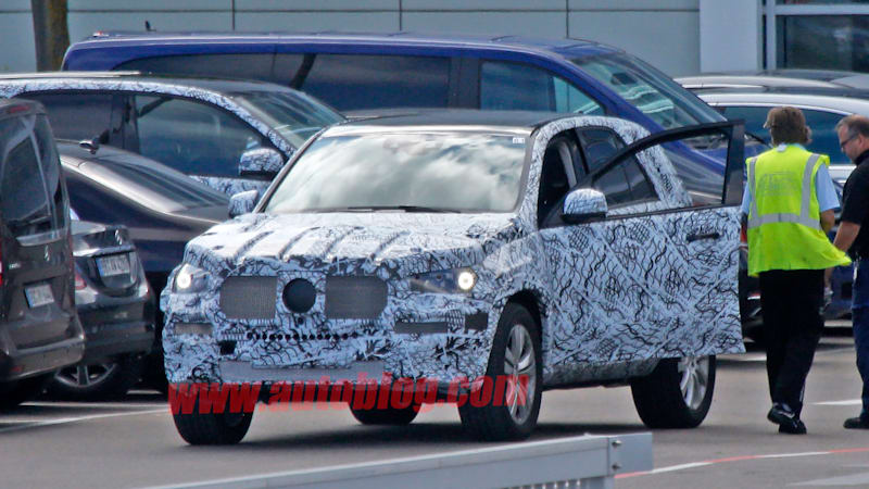 Mercedes GLE-Class SUV spotted testing