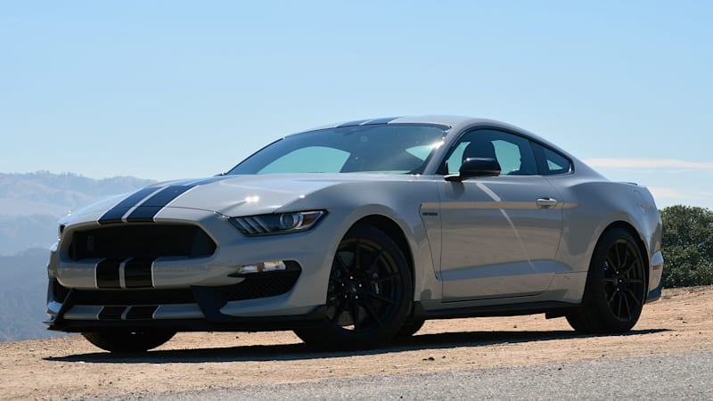 Buy a Shelby GT350, get schooled by Ford's own instructors