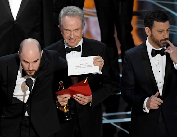 Accountant named in Oscars flub