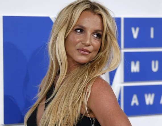 Spears posts nude photo on Instagram