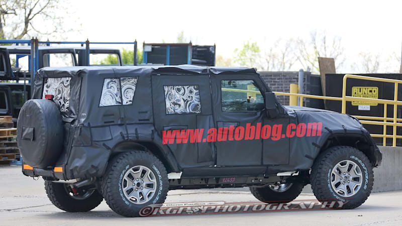 next jeep wrangler spotted with 8 speed and ecodiesel autoblog. Black Bedroom Furniture Sets. Home Design Ideas