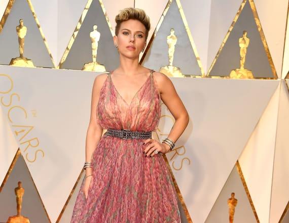 Scarlett Johansson shuts down Ryan Seacrest