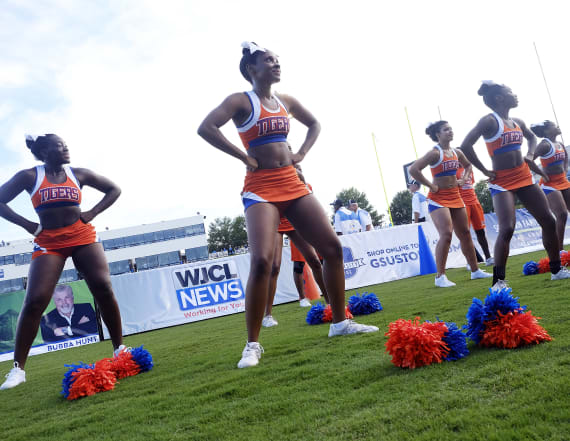 HBCU Savannah State makes cheerleading history