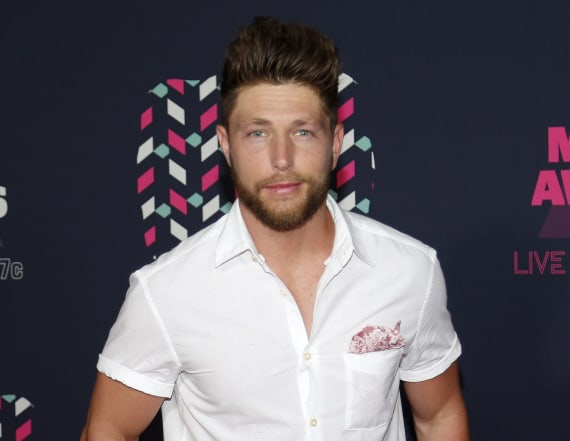 Chris Lane Dishes on 'The Bachelor' performance