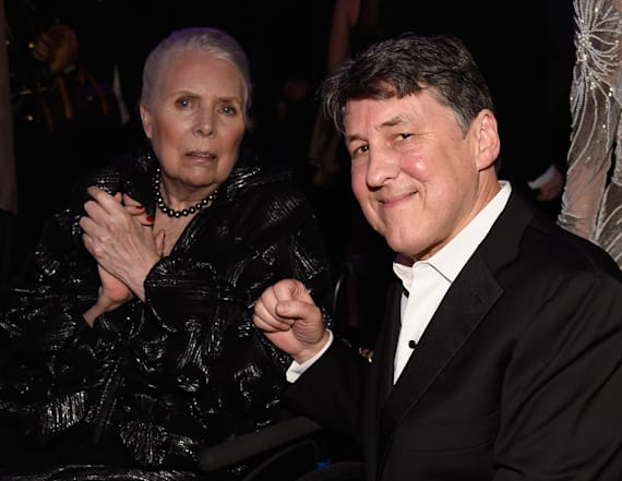 Joni Mitchell makes rare public outing