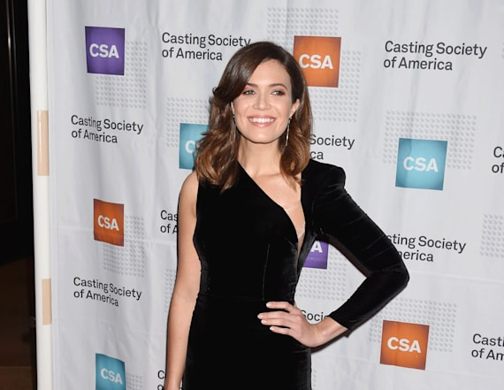 Mandy Moore completely slays in super sexy dress