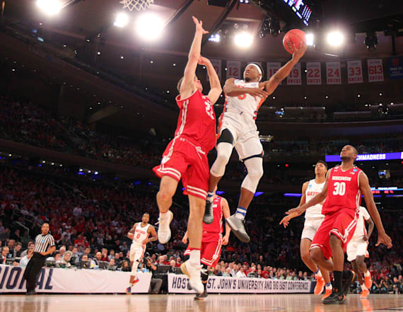 March Madness: The best photos from Friday's games