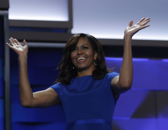 Michelle Obama surprises students on school trip
