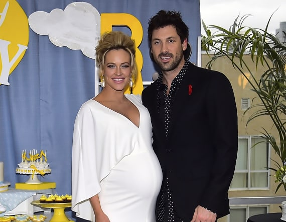 Peta Murgatroyd shares new pic of post-baby bod