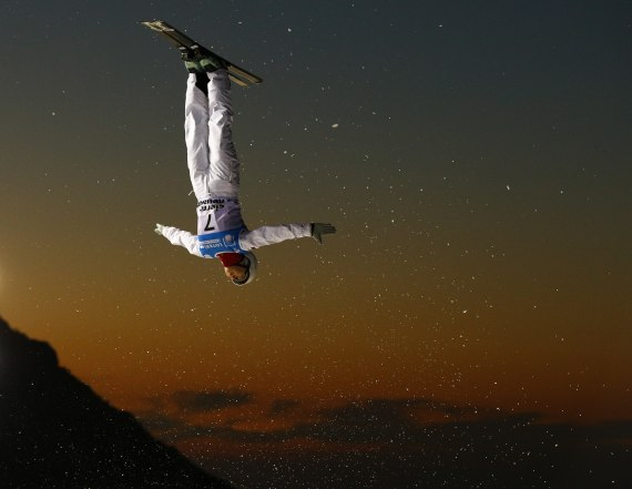 The man behind these stunning FIS freestyle photos