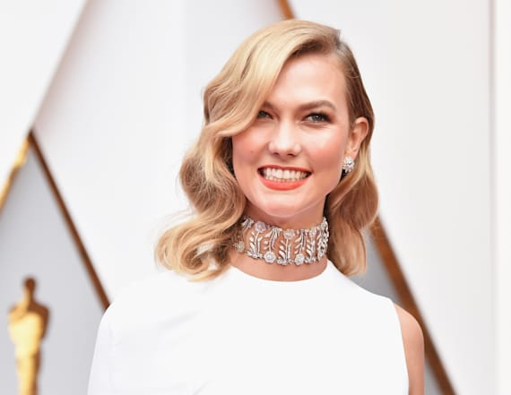Karlie Kloss rocks unexpected look at the Oscars