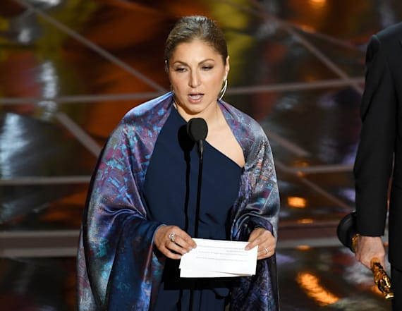 Iranian director blasts travel ban at Oscars