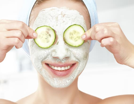6 easy ways to fight puffy eyes