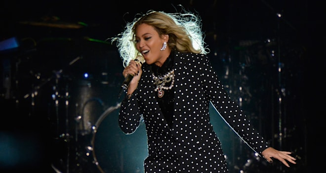 Beyonce (and Her Twins) Set to Perform at 2017 Grammys