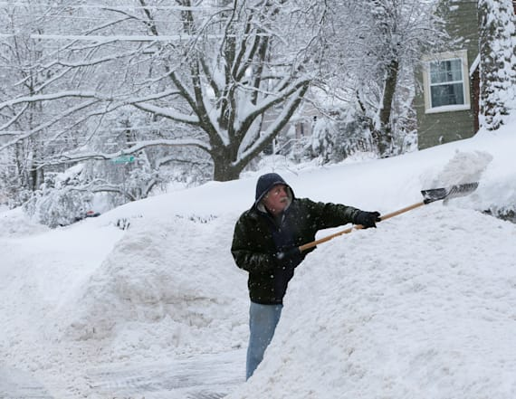 Storm to whip New England, Canada with heavy snow