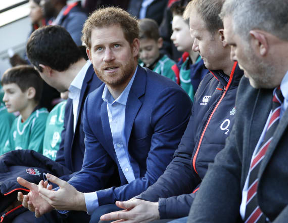 Prince Harry meets England rugby players