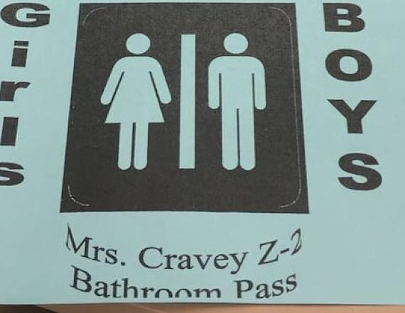 New Mexico teacher criticized for bathroom passes