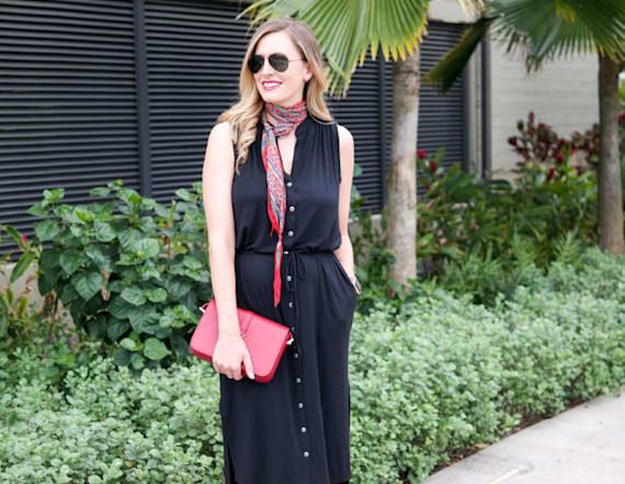 Street style tip of the day: Black shirtdress