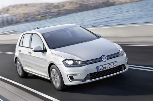 2015 vw e golf electric vehicle revealed ahead of la. Black Bedroom Furniture Sets. Home Design Ideas
