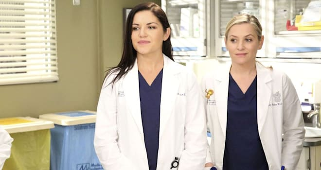 'Grey's Anatomy' Teases Eliza's 'Next Phase,' April's 'Challenging First Day'