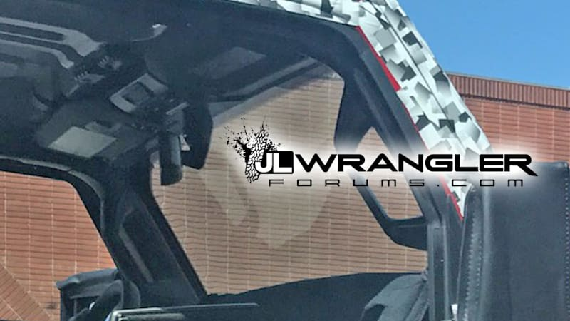 2018 Jeep Wrangler might get power sliding roof panels