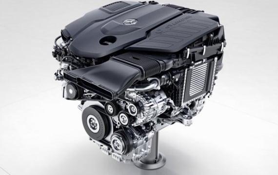 メルセデス・ベンツ、V型6気筒エンジンを廃止して直列6気筒に切り替えると発表